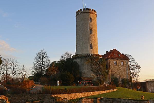 Burg und Festung Sparrenberg